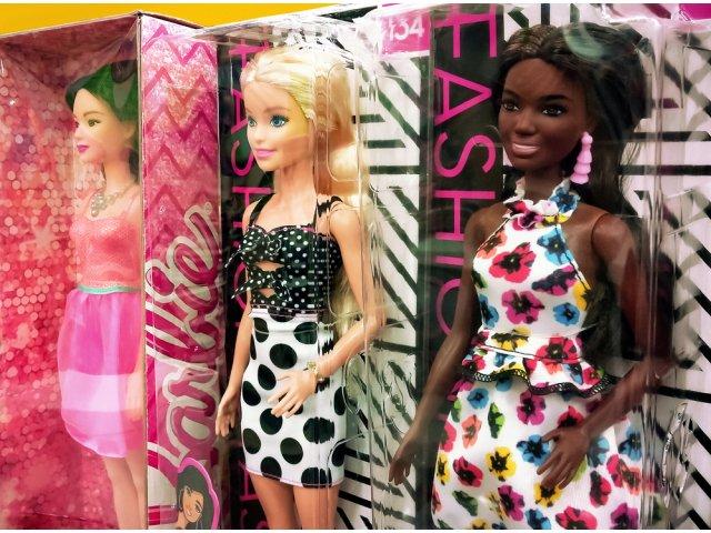 Păpuşă Barbie, creată în cinstea cercetătoarei care a contribuit la...