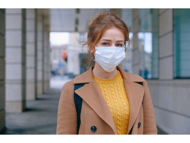 Oraș din România în care masca de protecție a devenit obligatorie în spațiile...