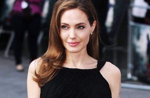 Cele mai bune lectii de frumusete! Secretele Angelinei Jolie pentru a arata impecabil