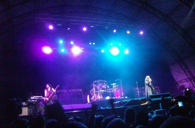 [FOTO/VIDEO] Ozzy Osbourne: Rock, entuziasm si zeci de sarutari