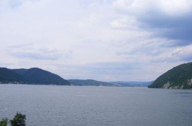 Fluxul toxic din Ungaria nu afecteaza Dunarea