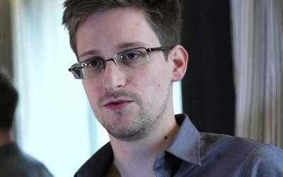 Rezidenta lui Snowden extinsa...