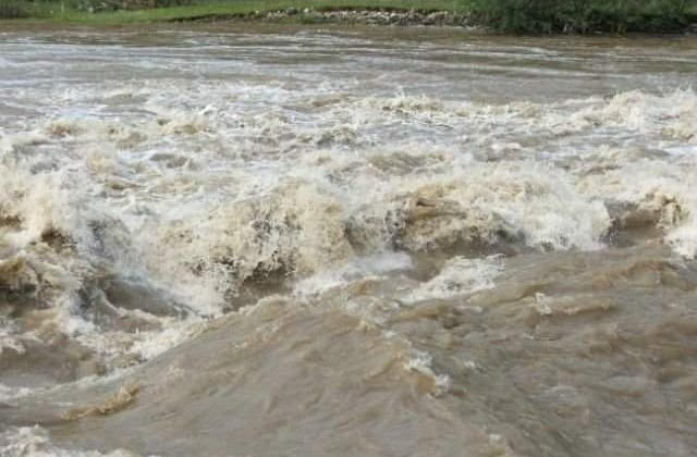 Cod PORTOCALIU de inundatii, emis de hidrologi