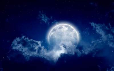 """Luna de zapada"", eclipsa de..."