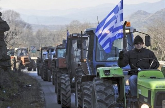 Atentionare de calatorie Grecia. Fermierii blocheaza mai multe artere rutiere