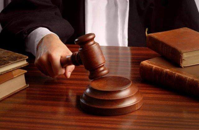 Doi bugetari au castigat procesul impotriva Statului: Taierea de 25% este ilegala