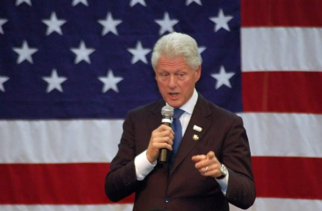 [VIDEO] Bill Clinton debuteaza in actorie