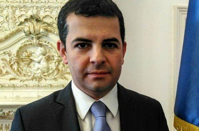 """Daniel Constantin, dupa ce a fost revocat din functie: """"Se continua politica pumnului in gura"""""""