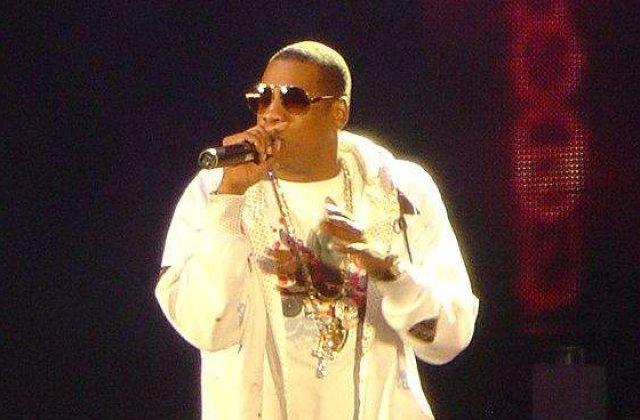 Jay-Z si-a impuscat fratele