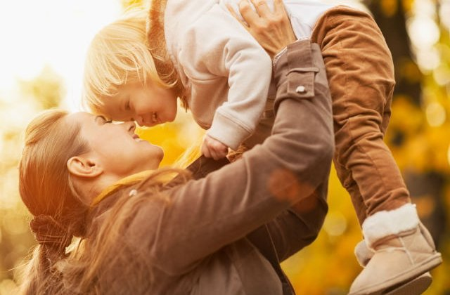 Cum isi cresc altii copiii: 6 obiceiuri ale parintilor din jurul lumii