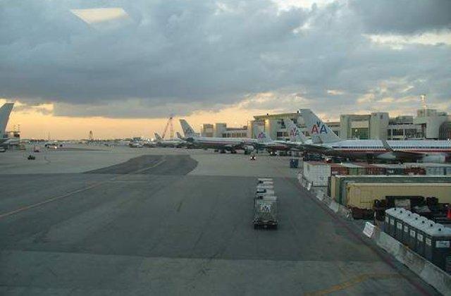 SUA: O geanta plina cu munitie a explodat pe un aeroport