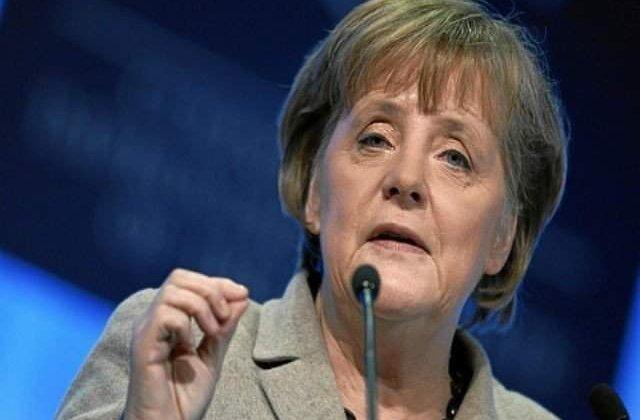 Merkel nu se mai opune legalizarii casatoriei intre persoane de acelasi sex