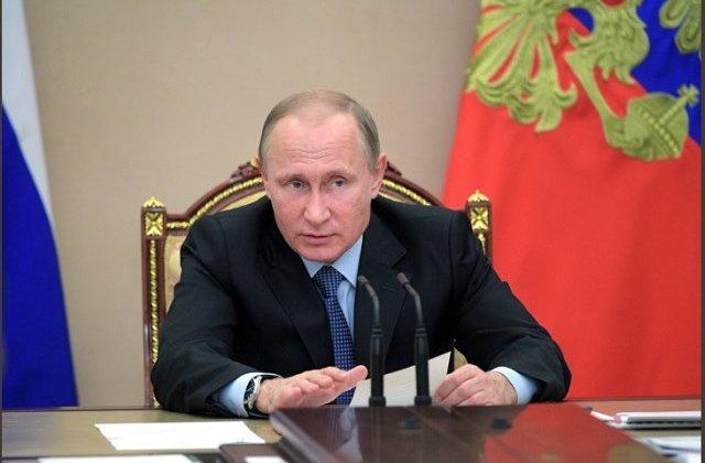 Putin: Rusia continua consolidarea capacitatilor militare, pentru contracararea agresorilor