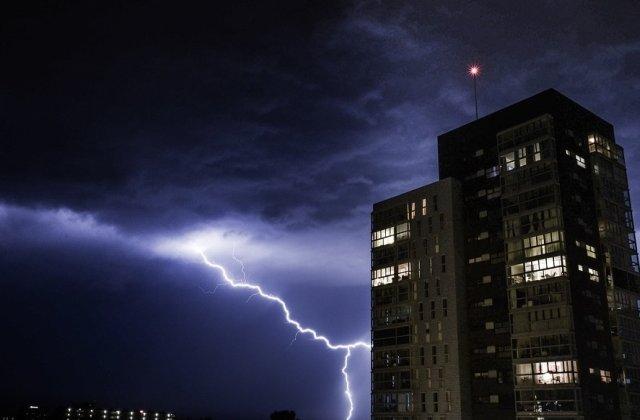Avertizare meteo: Furtuni si vijelii in aproape toata tara