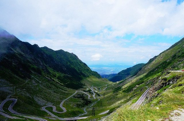 Trafic restrictionat pe Transfagarasan, vineri