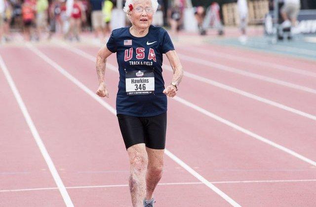 [FOTO] O bunicuta in varsta de 101 ani a doborat recordul mondial la proba 100 m