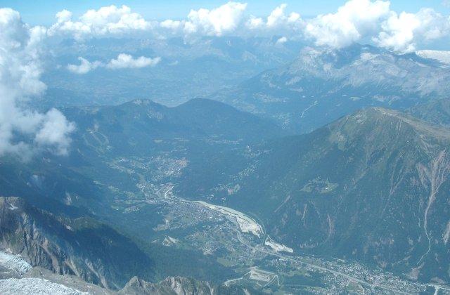 Doi germani au murit de frig cand in timp ce escaladau Mont Blanc