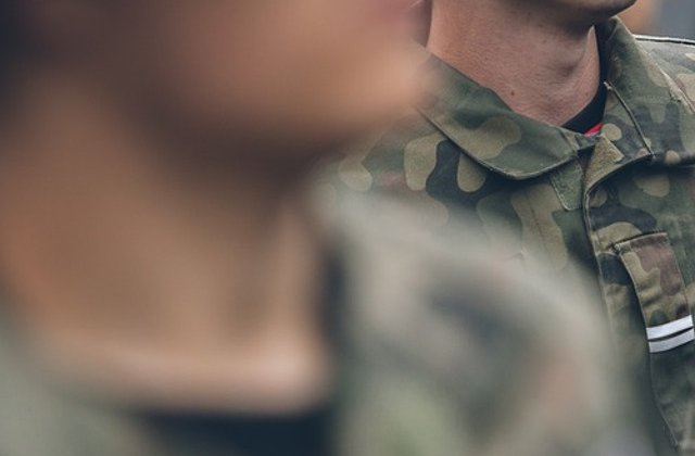 AFP: Militari scosi pe strazi in Europa de teama atentatelor jihadiste, mai putin in Germania