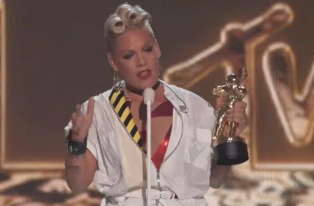 [Video] Discursul emotionant al artistei Pink la VMA, aclamat drept unul dintre cele mai bune din istoria premiilor. Ce a spus cantareata