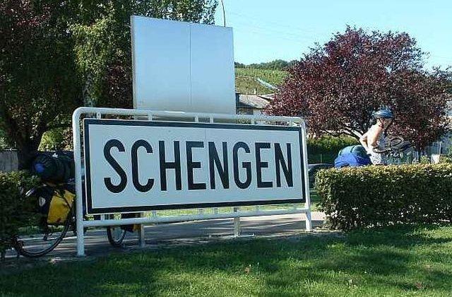 Cinci tari Schengen solicita modificarea regulilor de reintroducere a controalelor la frontierele interne