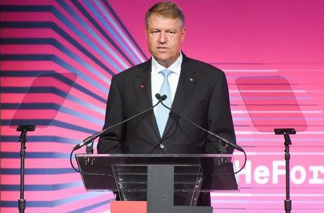 Iohannis: Parcurgem o perioada de veritabila schimbare de viziune la nivelul politicilor de aparare la nivel statal