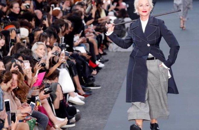 Jane Fonda si Helen Mirren au defilat pentru L'Oréal la Saptamana Modei de la Paris