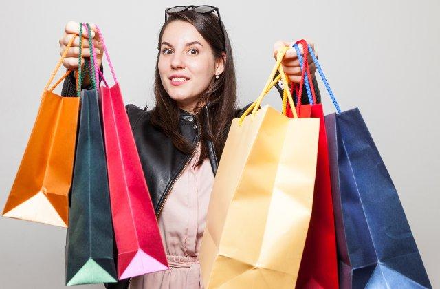 Black Friday. Valoarea comenzilor eMag a depasit 125 de milioane de lei dupa o ora si jumatate. Reduceri care pot ajunge si la 90% si telefoane la 1 leu