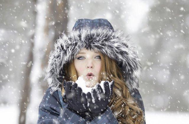 Informare meteo de lapovita si ninsoare in nord-vestul si centrul tarii, precum si in zonele montane