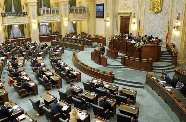 PMP s-a retras din plenul Senatului de la dezbaterea legilor Justitiei