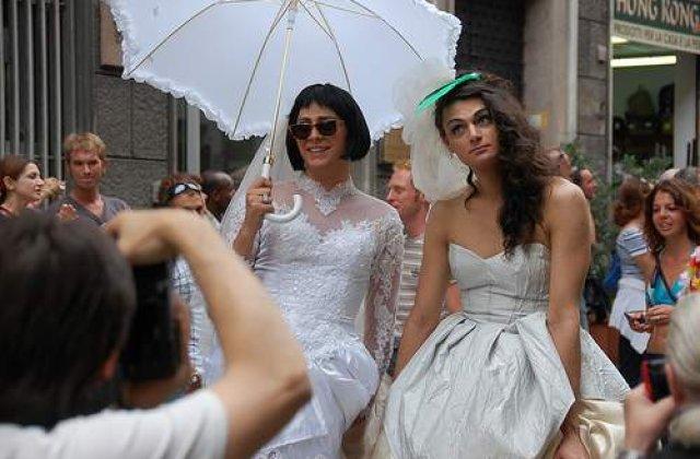 Oficializarea legaturilor gay, interzisa in Romania