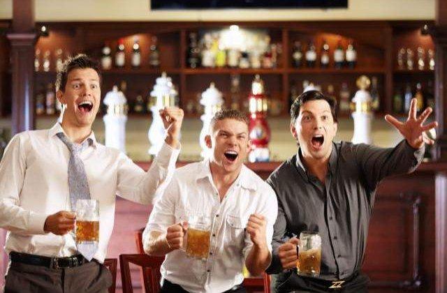 Conditie de angajare pentru IT-isti: sa bea bere (optional whisky)!