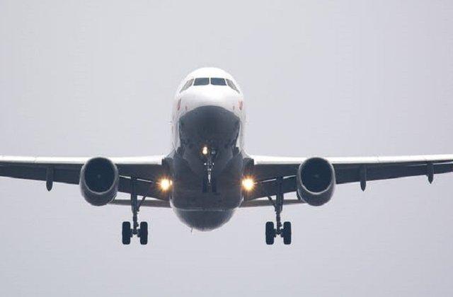 Un avion iranian cu peste 60 de pasageri la bord s-a prabusit. Nu exista supravietuitori