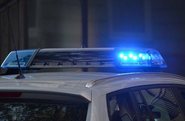Un barbat s-a aruncat in aer in fata ambasadei americane din Muntenegru
