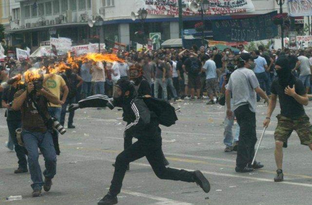 Grecia si austeritatea: `Un masacru pentru muncitori`