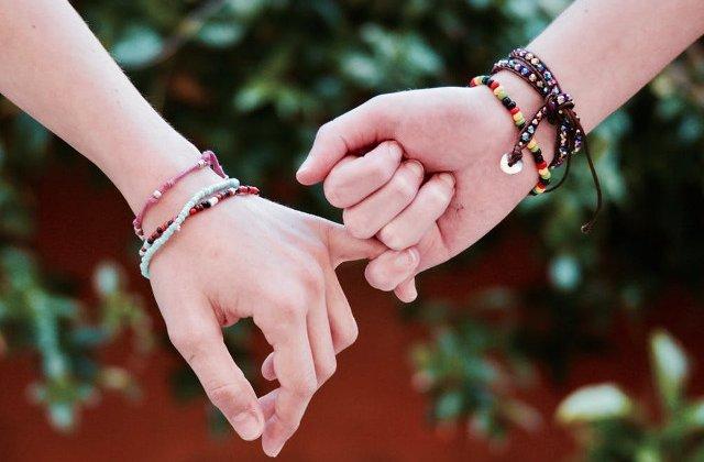 Prima casnicie oficiala intre persoane de acelasi sex din Australia s-a incheiat dupa doar 48 de zile