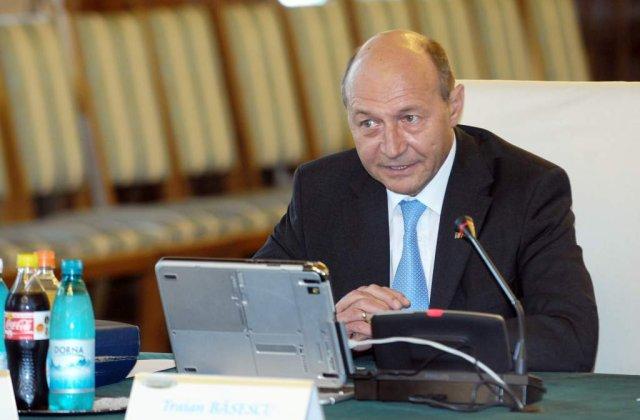 Rusia, la cutite cu Basescu