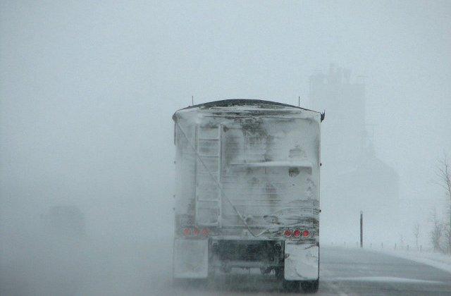 Atentionare de calatorie MAE pentru Ungaria: Restrictii de circulatie pentru camioane in perioada Sarbatorilor Pastelui romano-catolic