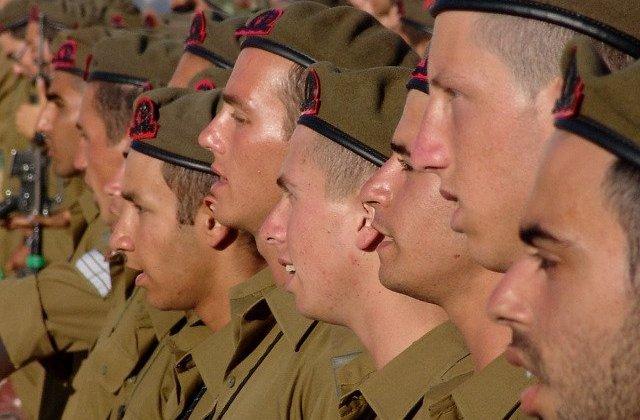 Armata israeliana recunoaste ca a atacat si distrus un presupus reactor nuclear sirian