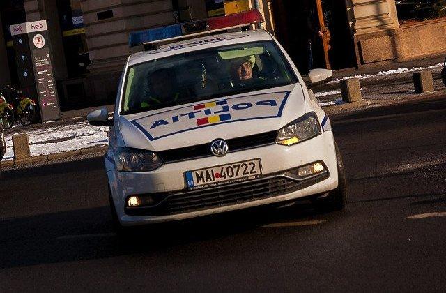Un sofer turc a lovit opt masini parcate, in Capitala