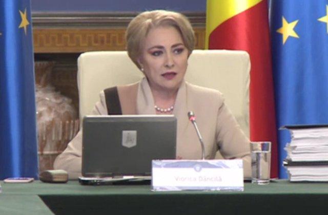 Dancila in plenul Camerei: Adversarii PSD au pus la bataie un discurs alarmist pentru a contesta programul de guvernare