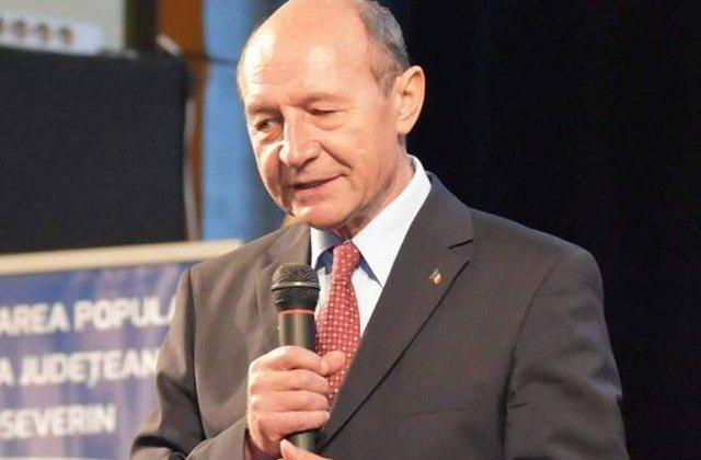 Basescu, despre partidul lui Ciolos: De cand l-a anuntat ma tot intreb care va fi abrevierea
