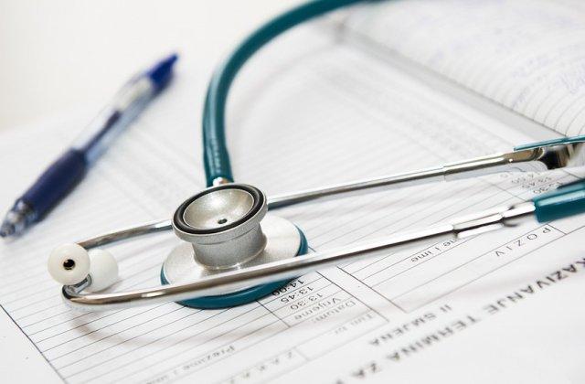 Un chirurg din Mures a fost condamnat la munca in folosul comunitatii pentru luare de mita