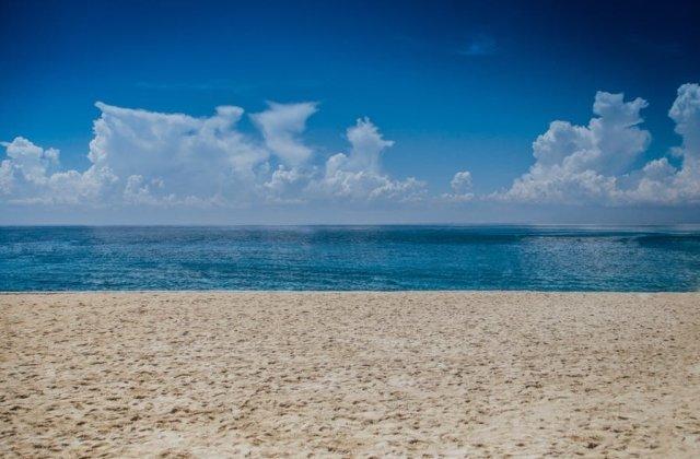 Un barbat a fost gasit mort pe plaja din Vama Veche