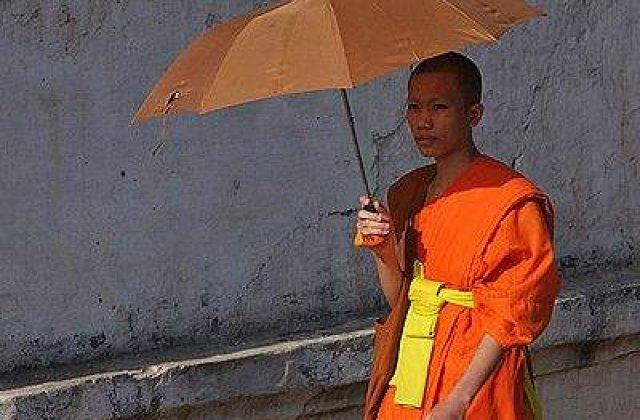 Un calugar budist si-a dat foc in provincia chineza Sichuan