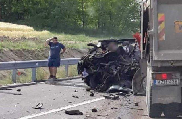 Autoritatile estimeaza ca 13 copii au ramas orfani in urma accidentului rutier din Ungaria