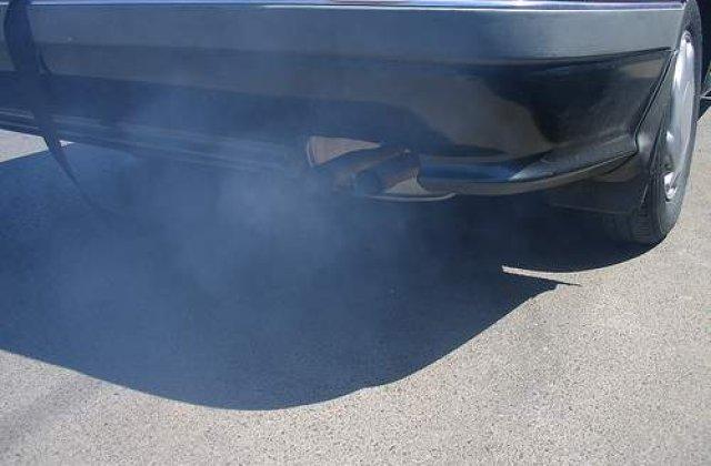 Alba-neagra cu taxa auto: Taxa dispare, apare cartea verde