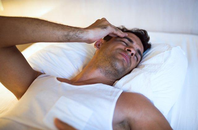 De ce nu poti sa dormi bine pe timpul verii