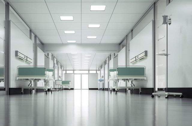 Un barbat din Iasi a ajuns in stare grava la spital, dupa ce a incercat sa-si incendieze sotia