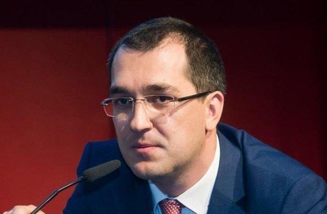 """Vlad Voiculescu, catre Firea: Rezonabil este sa numiti oamenii """"veninosi"""" si """"asa-numiti cetateni""""?"""