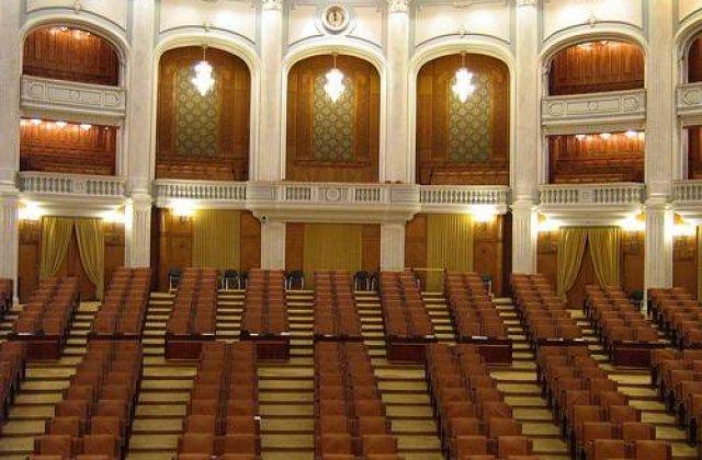 Propunere socanta: Demisia opozitiei din Parlament